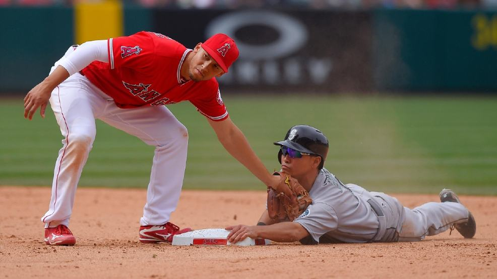 Another Angel Down, SS Andrelton Simmons needs surgery