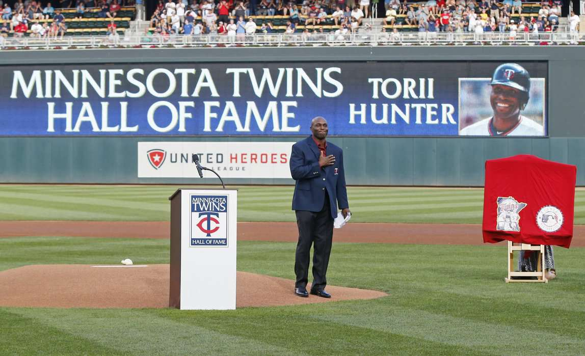 Minnesota Twins to induct OF Torii Hunter to Hall Of Fame